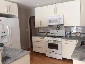 Alice's new kitchen 3