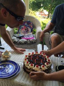 Chautauqua july 2014 birthday cake Ingmar baked for Mike