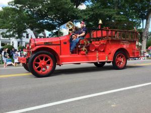 Chautauqua july 2014 parade fire truck