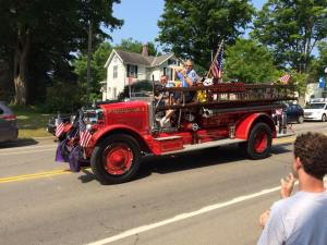 Alice july 2015 newer fire truck parading