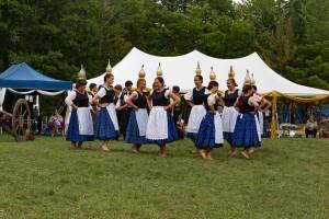 Cserkeszet jubi 2015 bottle dance