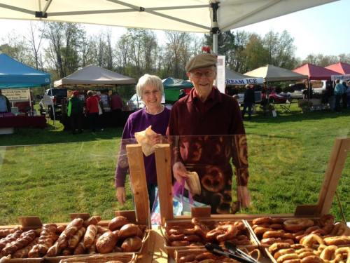 Alice and Barney may 7 2016 first howe mdw market