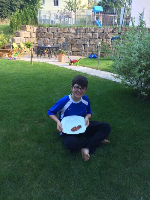 alice august 2016 heidenheim nathan enjoying christofs grilling