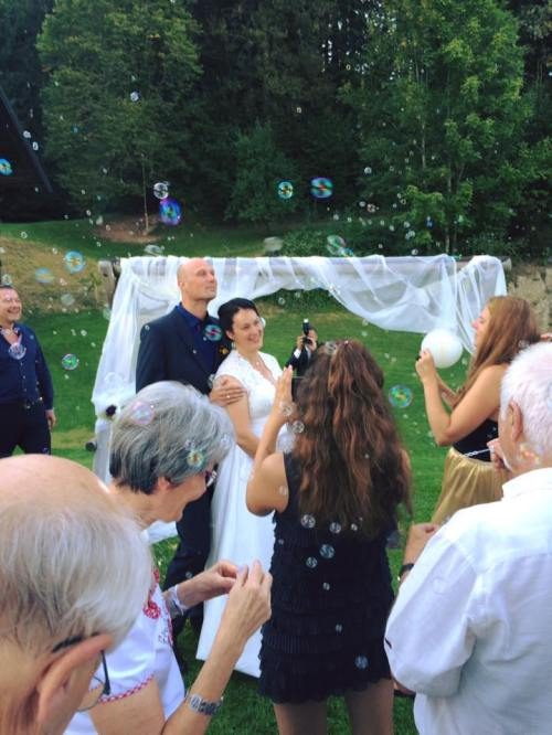 alice august 2016 ursula private ceremony bubbles